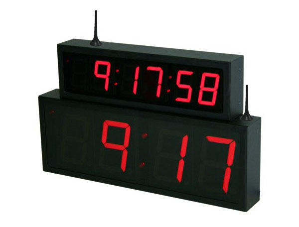 NTP WiFi Red Clock Digit Size Comparison 2.5-inch 6 digit and 4-inch 4 digit
